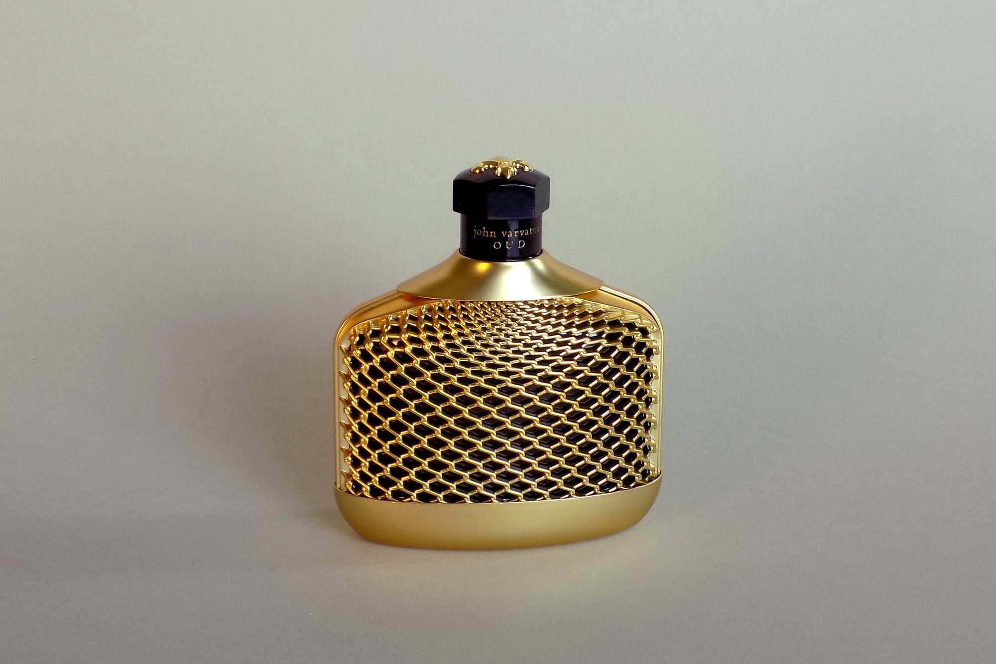 JV Oud bottle design